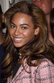 Beyoncé-Maquillage-Nude