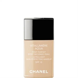 Chanel-Vitalumière-aqua