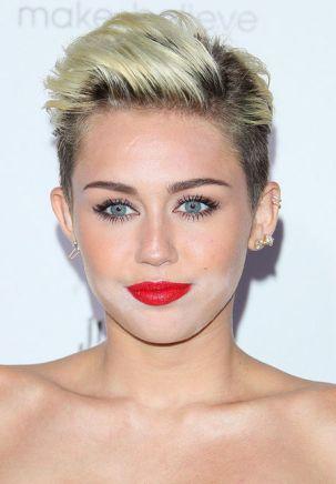 Miley Cyrus correcteur