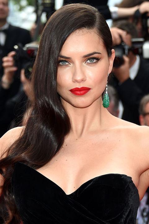 Adriana-Lima-Cannes-2015