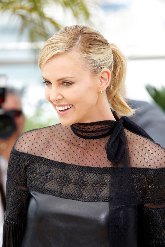Charlize-Theron-Cannes-2015-2