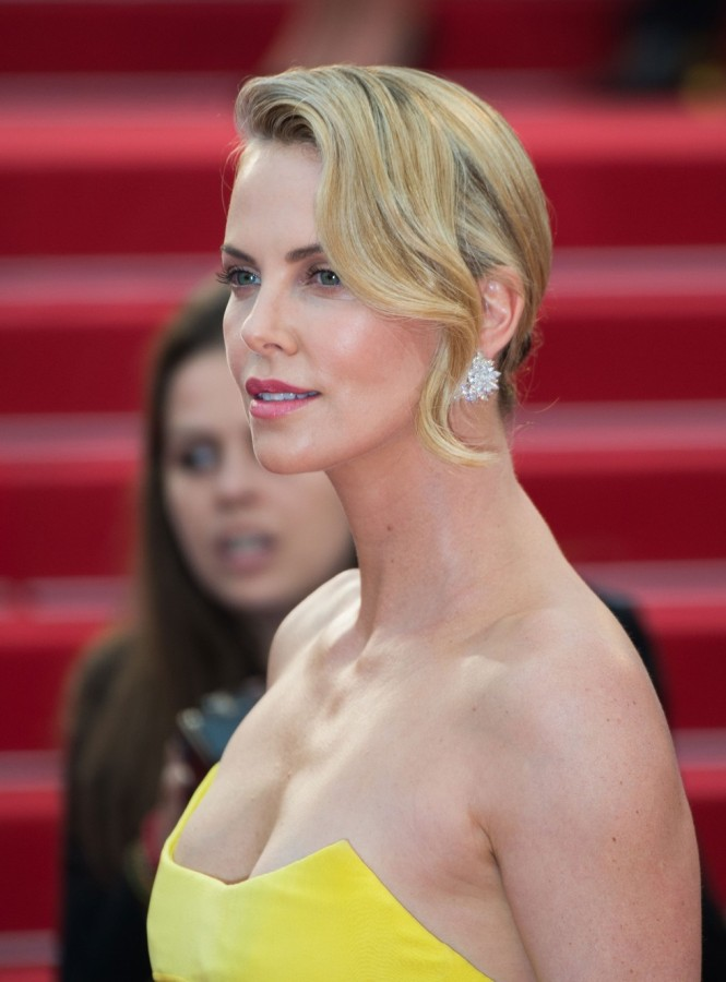 Charlize-Theron-Cannes-2015