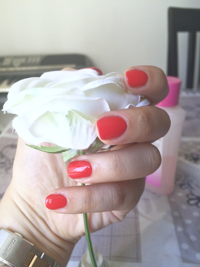 Essie-pose-vernis-tutoriel