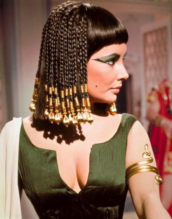 Elizabeth-Taylor-Cleopatra-2
