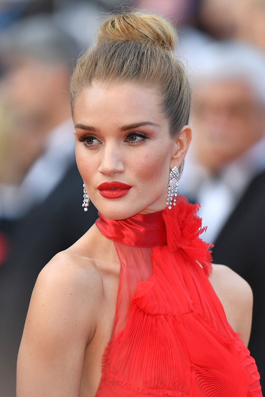 Rosie-Huntington-Whiteley-cannes