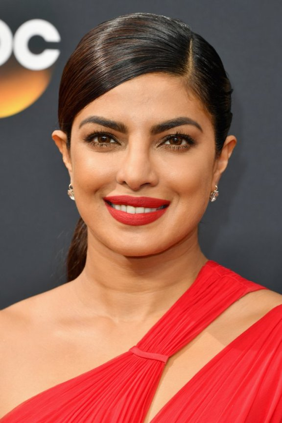 priyanka-chopra-emmy-awards-2016